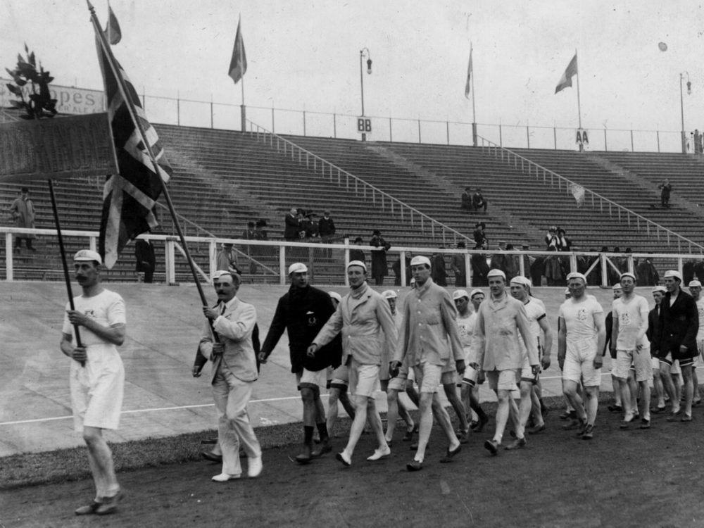 Italy missed out on hosting the Games in 1908 after Mount Vesuvius erupted, devestating the city of Naples. The Games went to London with the opening ceremony held in the White City Stadium.