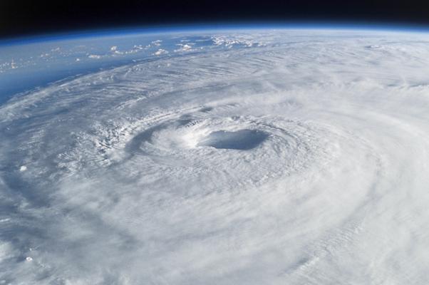 hurricane_space_g_wp
