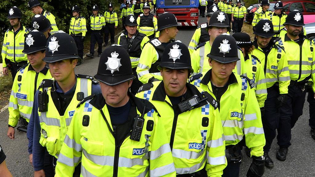 20_police_r_w