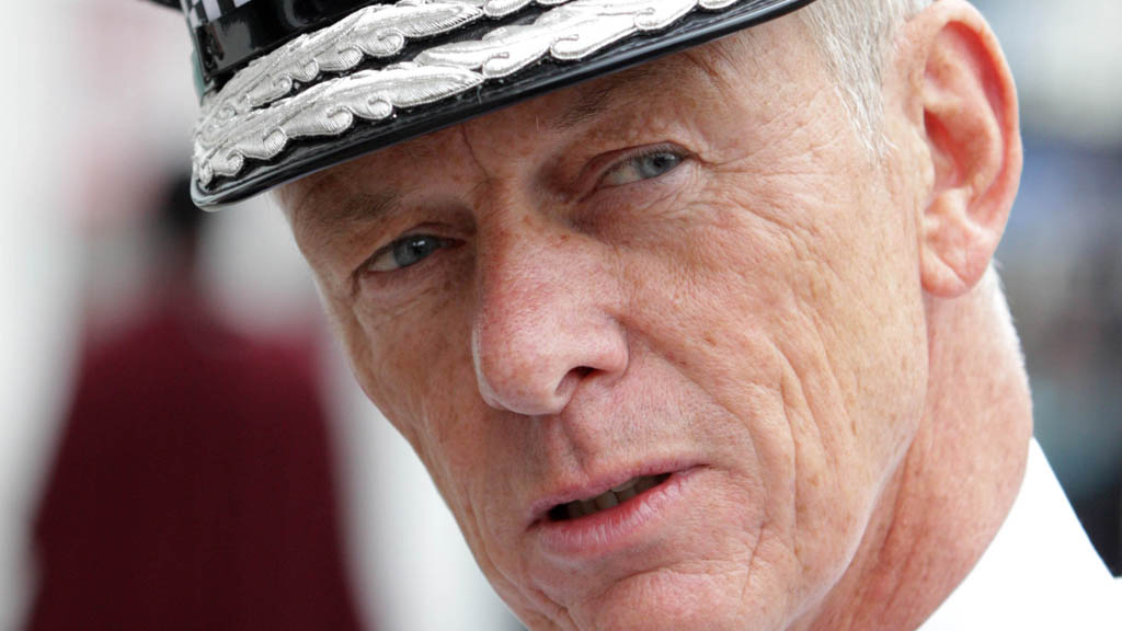 Bernard Hogan-Howe Starts First Day In Office As Metropolitan Police Commissioner