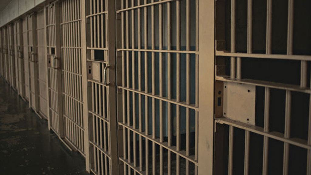 25_prison2_g_w