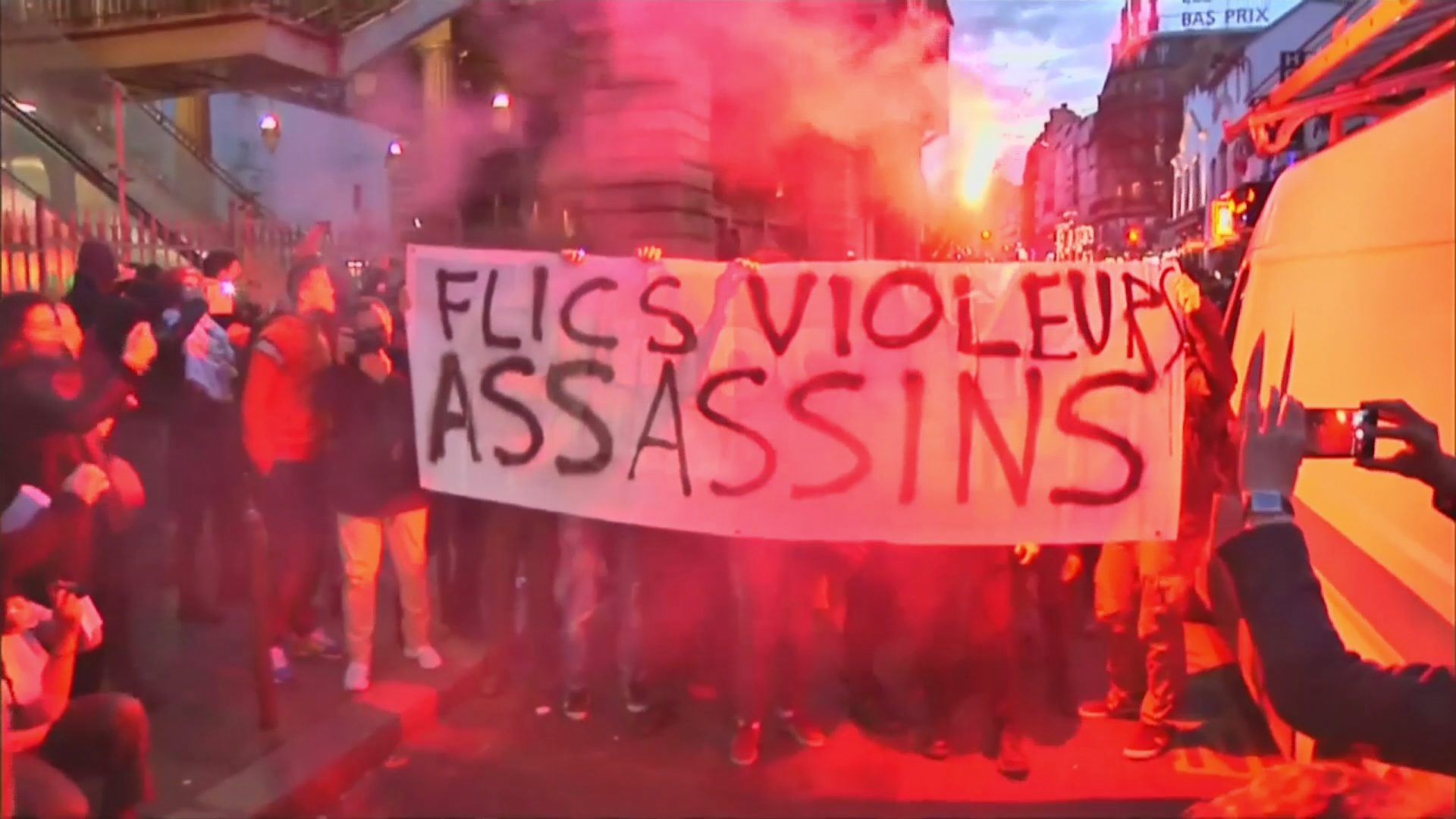 Violence At Protests In Paris Channel 4 News